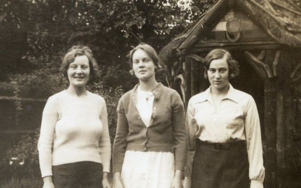 Iris Murdoch with Ann Leech and friend