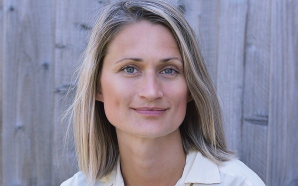 Emma Stonex - Writer and Old Badmintonian!