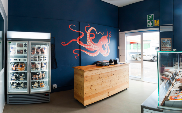 The ideal solution to Cape Town's fresh and frozen seafood needs.