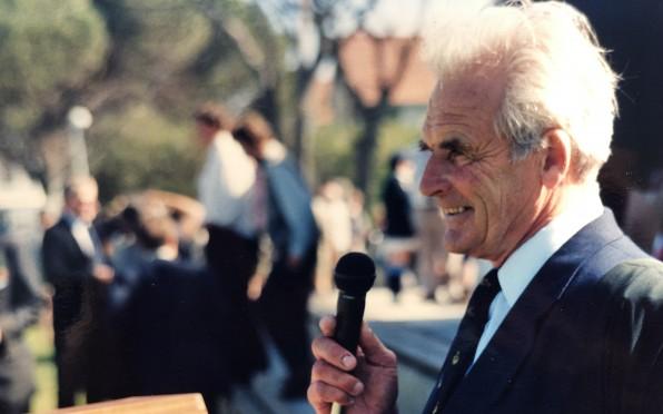 Ken Wilson (1932 - 2019)