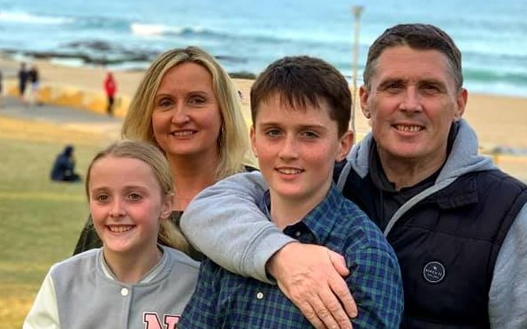 Brendan Lynch (1988), his wife Anna and children