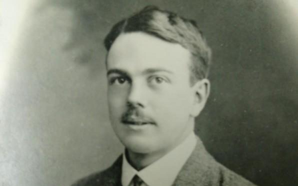 Mac Robertson OB (C 1906-1909)