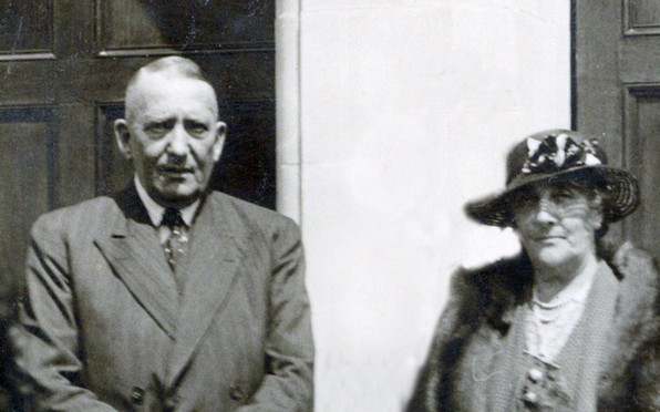 Sir Samuel and Lady Kelly in 1936