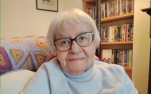Irene Miasnicoff, Coloma pupil 1936-1943
