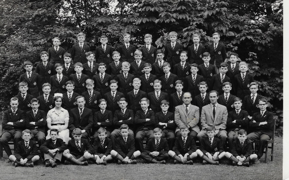 Group photo of Brightlands in the 60s