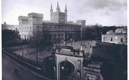 Elizabeth College 1927