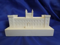 NEW Limited Edition Model of Elizabeth College