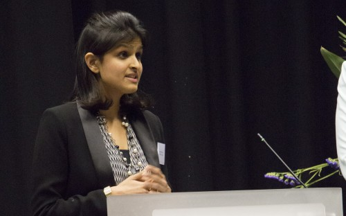 Alumna Ayushi speaks to prospective students