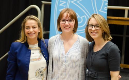 Alumni Isabel, Miranda and Amy