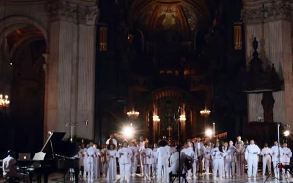 4 Carols 4 Christmas is a series of performances by Junior Garr & The Spirituals Choir