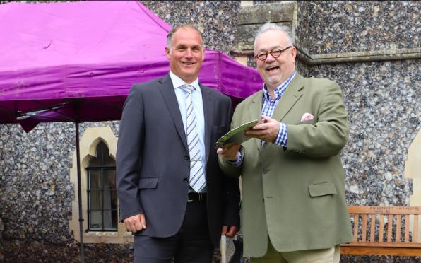 Dan Higgins and OJ Club President, Ian Buckeridge
