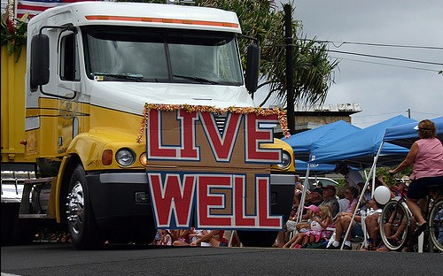 LIVE WELL, By athenamat CC BY-NC 2.0