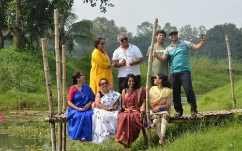 Bangladesh Alumni enjoying a day in the countryside
