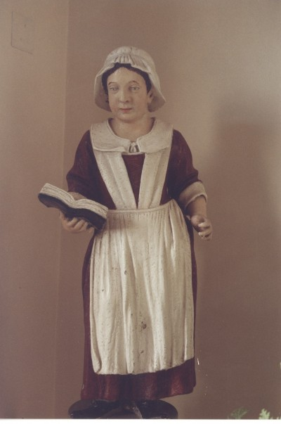 Gallery - 1710-1899 Redcross Street
