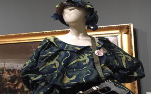 Ashton Frank design provides accessory to Vivienne Westwood dress