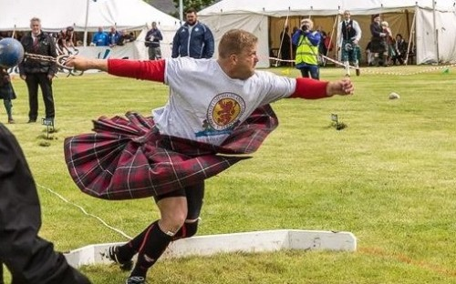 Scott Rider is victorious at Scotland's 2016 Highland Games