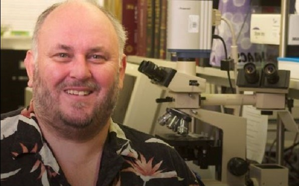 Dr Ian Orme, Microbiology, Immunology & Pathology