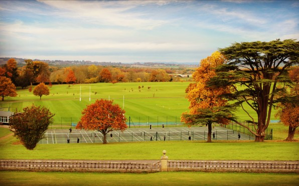 Lavington Park in full autumn colour