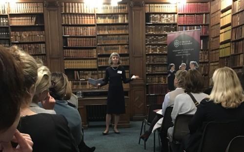 Dame Helen Fraser addressing the audience