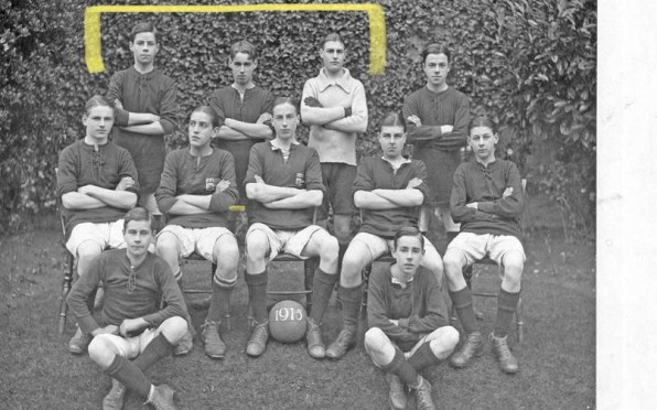 Football Team 1915 - Herbert Arculus, Horace Bevins and John Watkins (Top Row Left to Right)