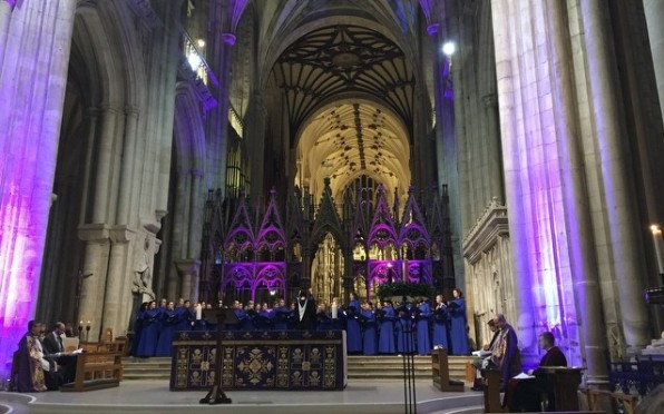 Swithun Choir and Cathedral looking stunning