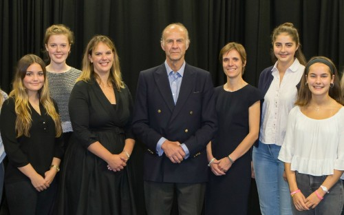 Sir Ranulph Fiennes with members of the school