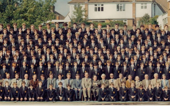 Whole school photo in 1984