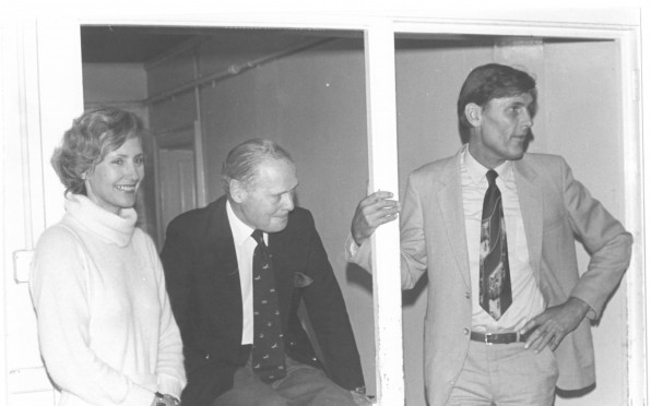 Elizabeth Anne & Charles Malden with Douglas Bader