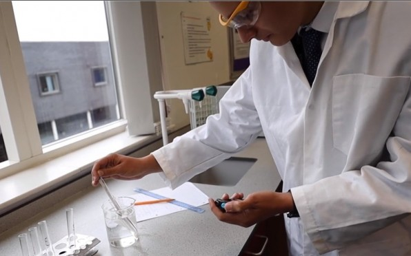 Science lab in Sixth Form