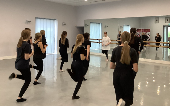 Lana Worrall with Dance Students