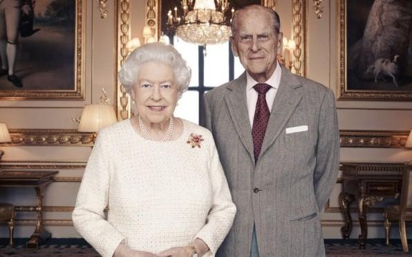 The Royal Family thank Edinburgh University Alumni